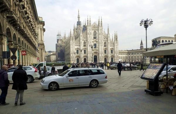 milan-official-taxi